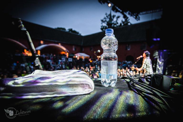 Flasche auf Bühne