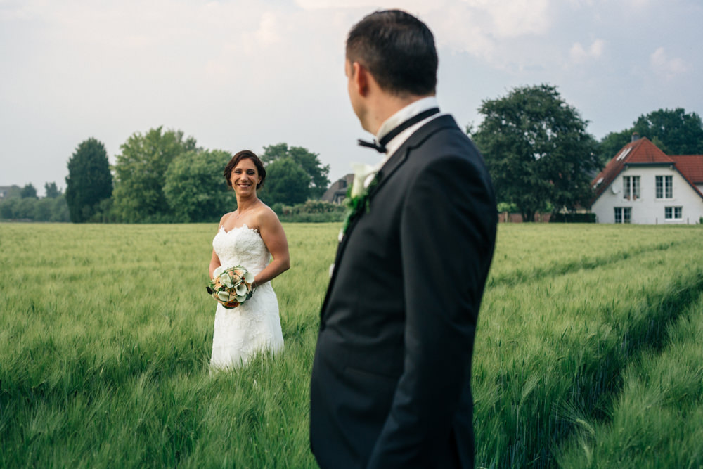 Hochzeitsfotograf Düsseldorf - Ratingen - Paarshooting Feld