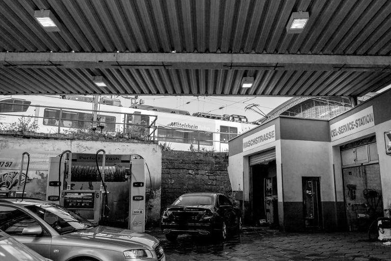 Tankstelle am Kölner Bahnhof
