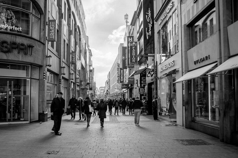 schwrz weiß Bild Hohe Strasse Köln
