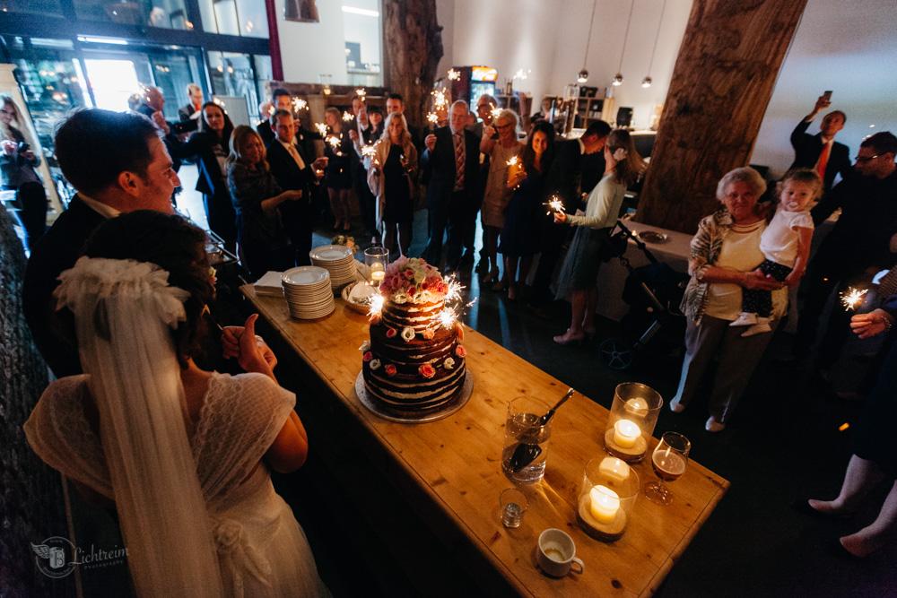 Düsseldorf - Ratingen- Schaune B7 - Hochzeitstorte